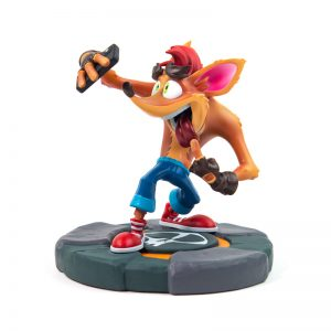Crash Bandicoot Crash Selfie Statue