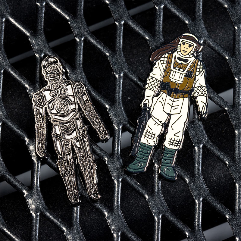 Pin Kings Star Wars Enamel Pin Badge Set 1.22 – C-3PO and Luke Skywalker (Hoth Battle Gear)